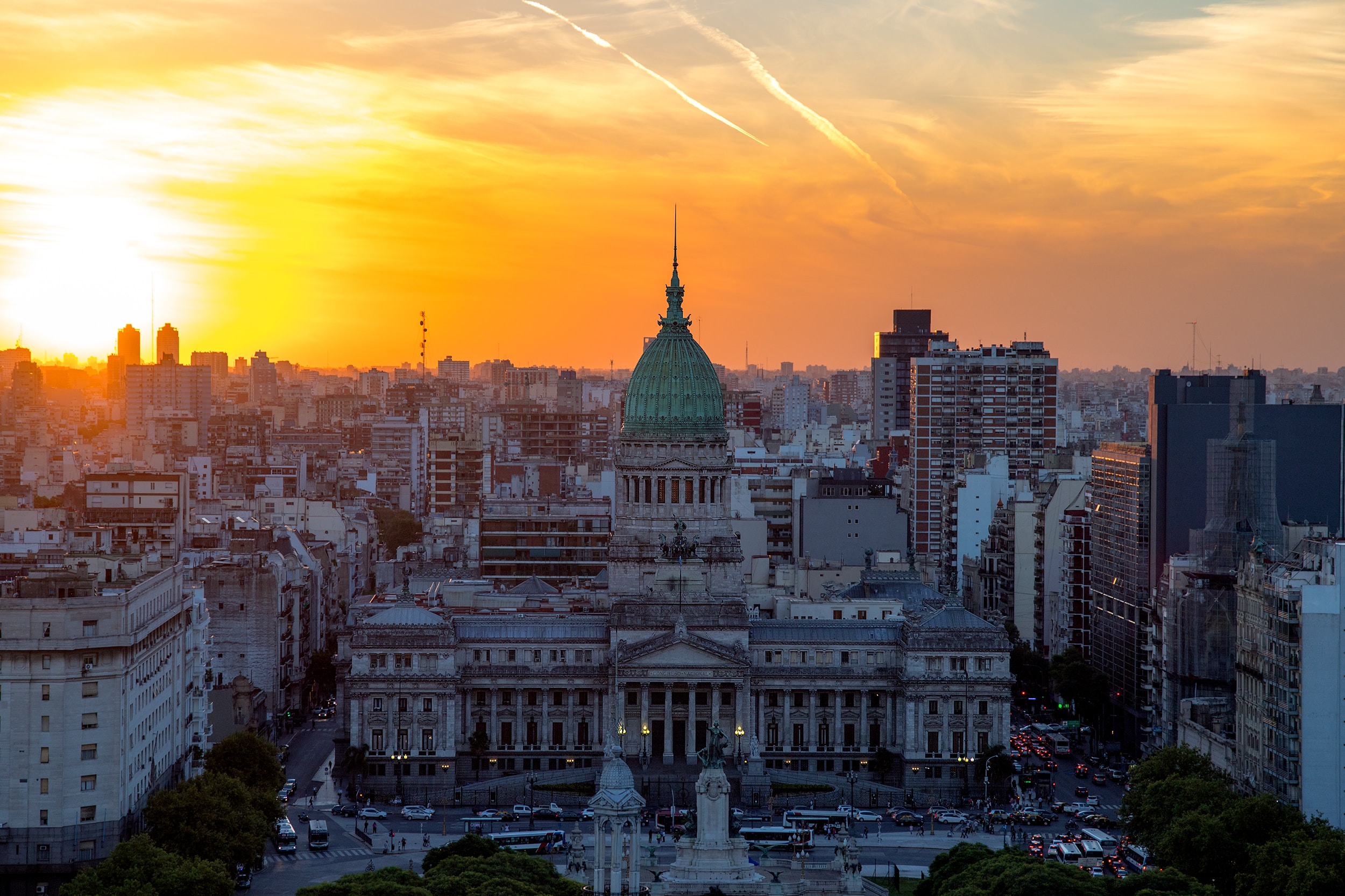 BUENOS AIRES TRAVEL GUIDE:  17 Things To See & Do